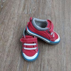 See Kai Run Toddler Sneakers Size 5